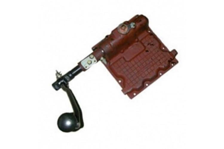 Крышка коробки передач МТЗ (в сборе) - 70-1703010-А1 - фото 1