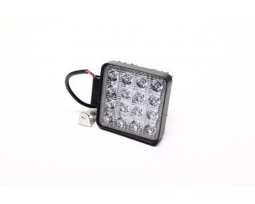 Фара LED квадратная 48W,16 ламп,105*105*40мм,широкий луч 12/24V