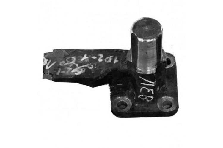 Кронштейн крепления двигателя ЯМЗ-236 правый - 172.00.102 - фото 1