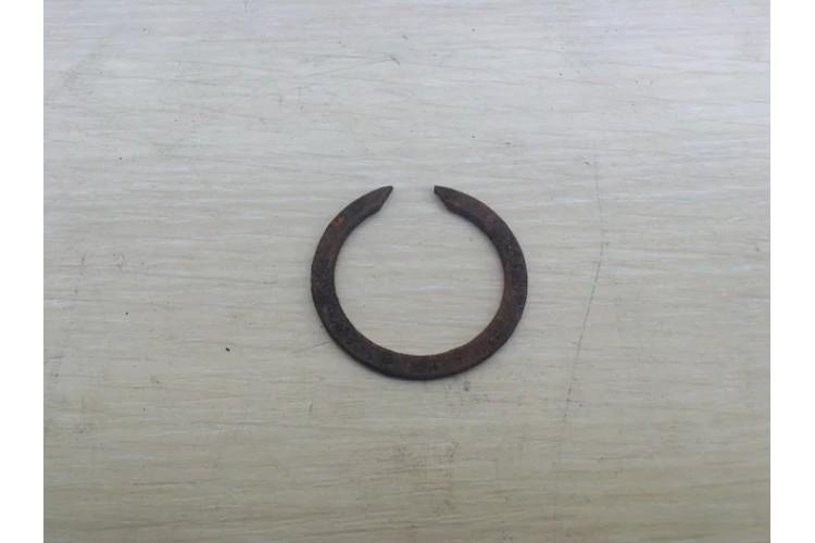 Кольцо пружинное КПП ЮМЗ 46*37*2.5 - 40-1701421-А - фото 1