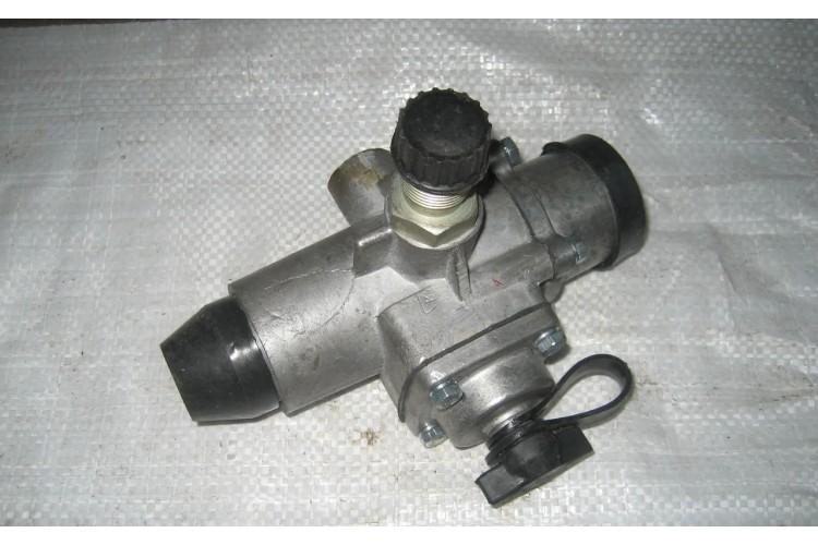 Регулятор давления воздуха ЮМЗ - А29.51.000 СБ - фото 1